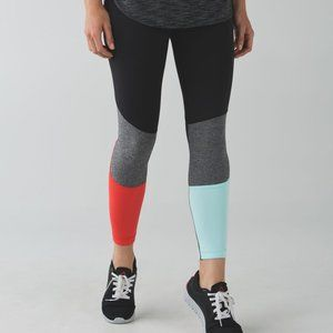 Lululemon Pedal To The Medal 7/8 Tight Leggings 10
